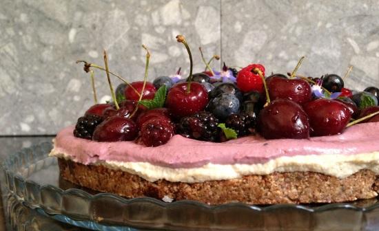 raw berry cherry cake